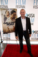 2015-04-22 - Gallows Road Red Carpet (JS) 012