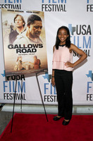 2015-04-22 - Gallows Road Red Carpet (SD) 003
