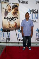 2015-04-22 - Gallows Road Red Carpet (SD) 005